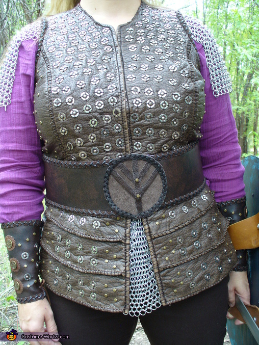 front, details, Lagertha, Viking Shield Maiden Costume