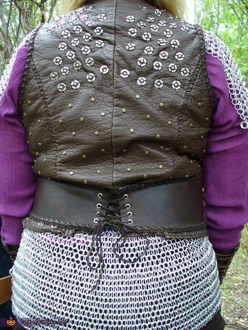 back details, Lagertha, Viking Shield Maiden Costume