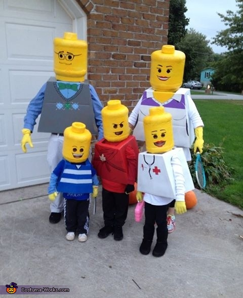 Lego Family Costume & Lego Family Costume - DIY Halloween Costumes