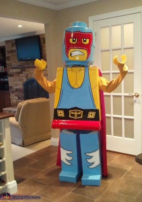 Lego Luchador Costume