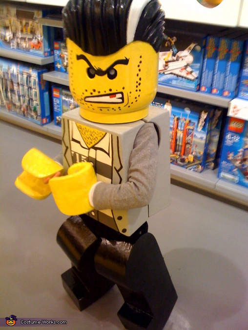 "Lego Minifigure ""Bad Guy"" - Homemade costumes for boys"