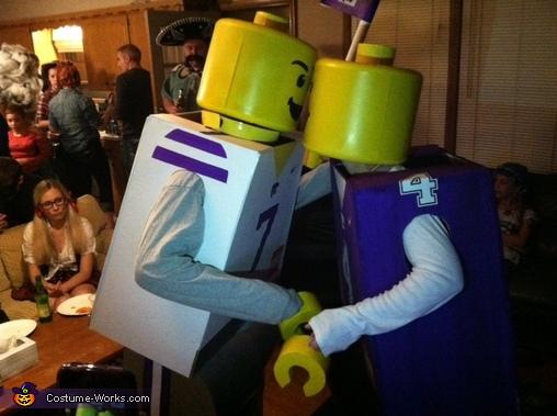 Lego minfigures kiss, Lego Minifigures Costume