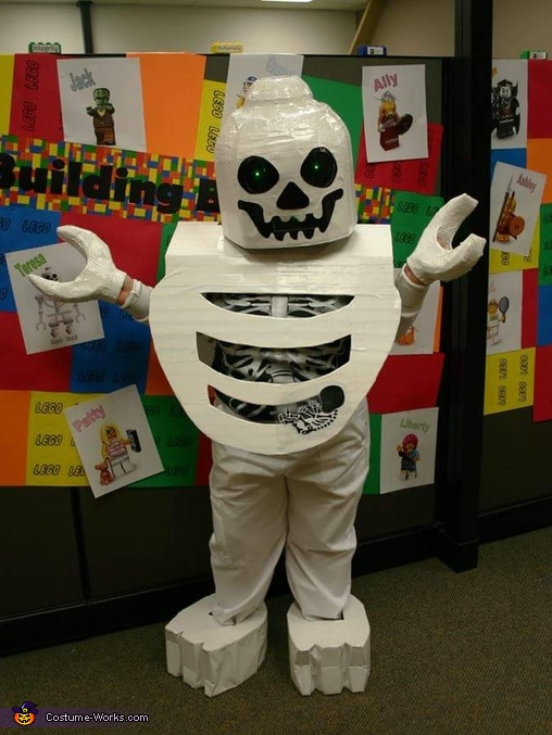 lego skeleton, Lego Skeleton with Baby Costume