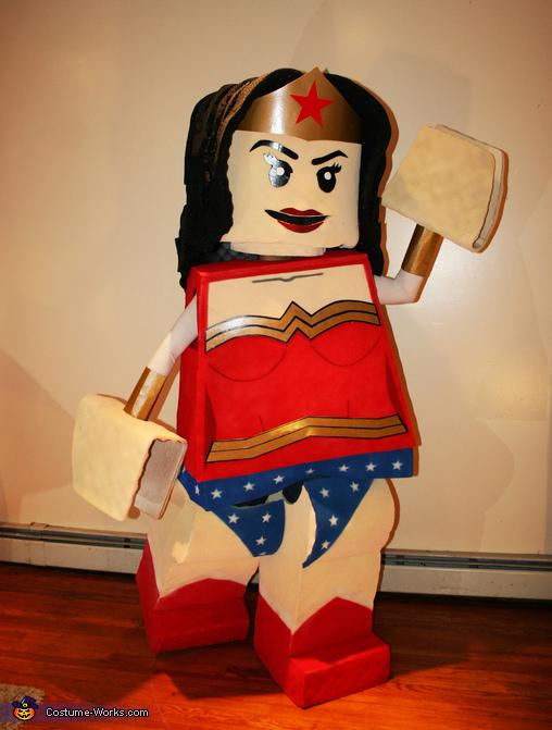 Wonder Woman!, LEGO Superman & Wonder Woman Costume