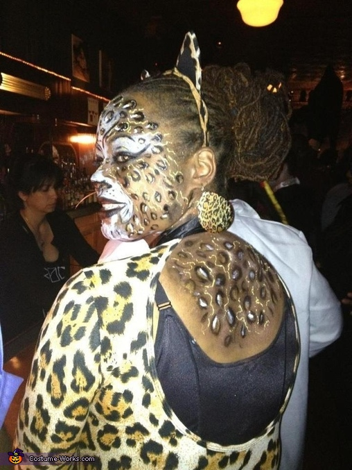 Back of Kitty, Leopard Kitty Costume