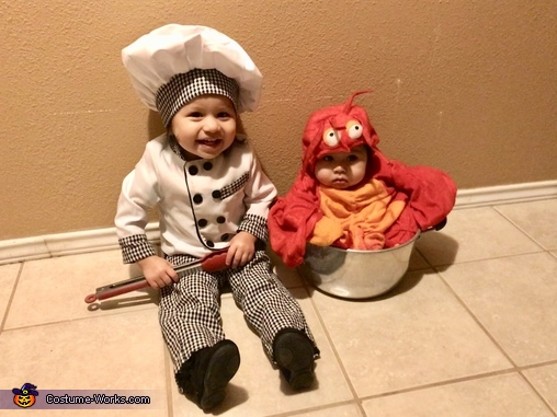 Chef has lobster in tub, Let's Get Crackin' Costume