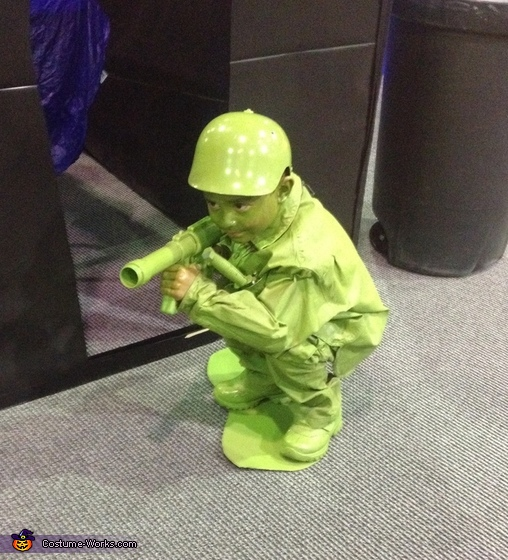 Army man, Life Size Plastic Army Man Costume
