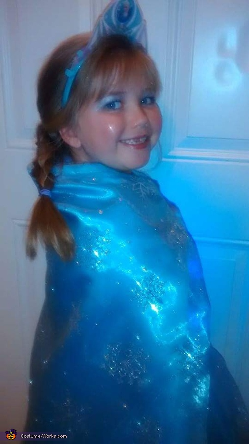 Elsa 4, Light up Elsa Costume