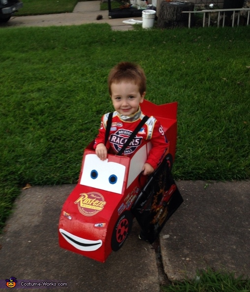DIY Lightning McQueen Costume