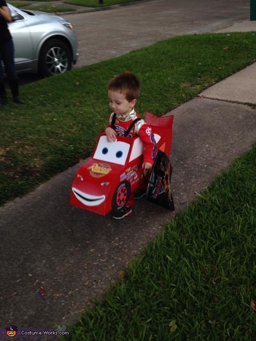 Lightning McQueen Costume Photo 3 3