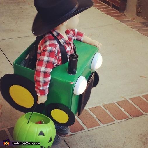 Hooooowwdy!!!, Lil' Farmer and his Tractor Costume