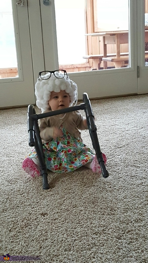 I've fallen and can't get up!, Lil Granny Paisley Costume