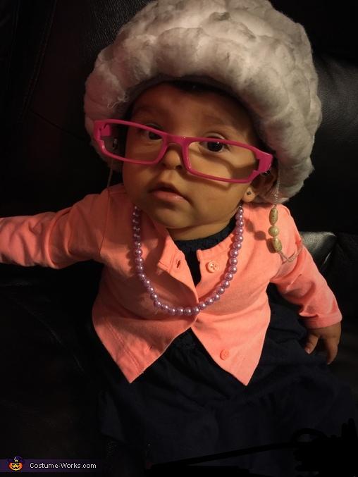 Lil Ol Lady, Lil Ol Lady Costume