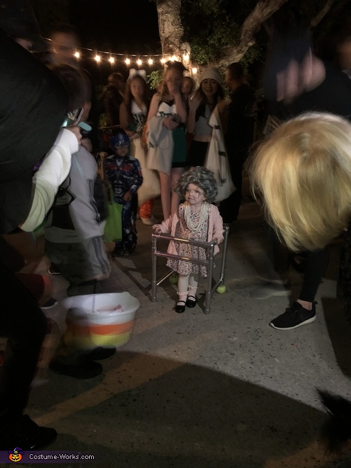 The crowd can't get enough of Ole Granny!, Lil Ole Granny Costume