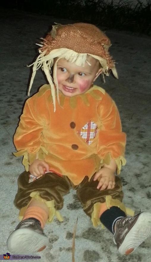 Lil' Ole' Scarecrow Costume