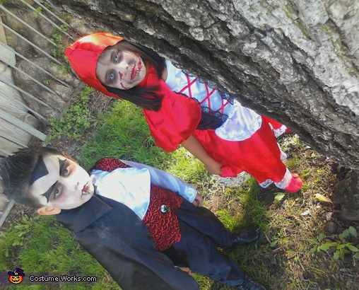 Lil Scary Riding Hood and Dracula - Homemade costumes for kids