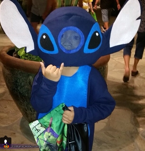 Stitch Trick or Treating, Lilo and Stitch Characters Family Costume