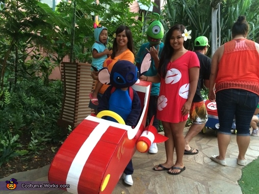 Group picture with all of us, Lilo and Stitch Characters Family Costume