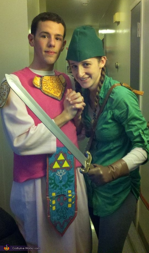 Link and Princess Zelda Costume  sc 1 st  Costume Works & Link and Princess Zelda Couple Costume
