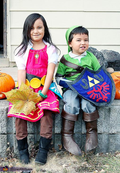 Link and Zelda from Skyward Sword Costume