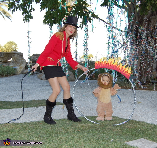 Ring of Fire, Lion Tamer Family Costume