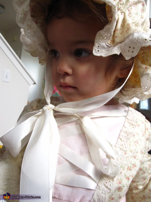 DIY Little Bo Peep Costume