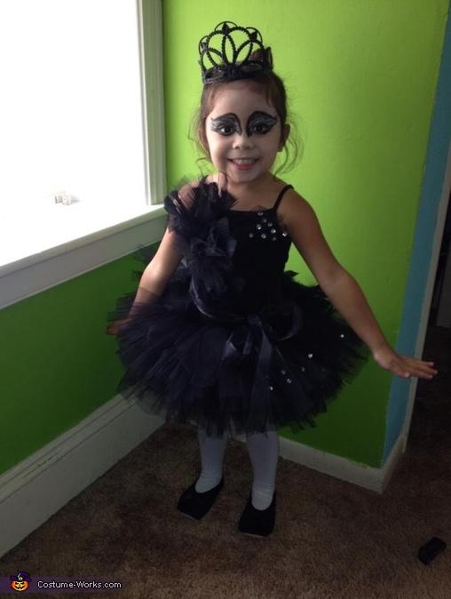 Little Black Swan Baby Costume  sc 1 st  Costume Works & Little Black Swan - Baby Halloween Costume