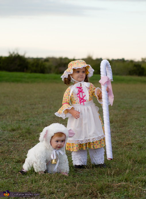 Little Bo Peep and her Sheep Homemade Costumes