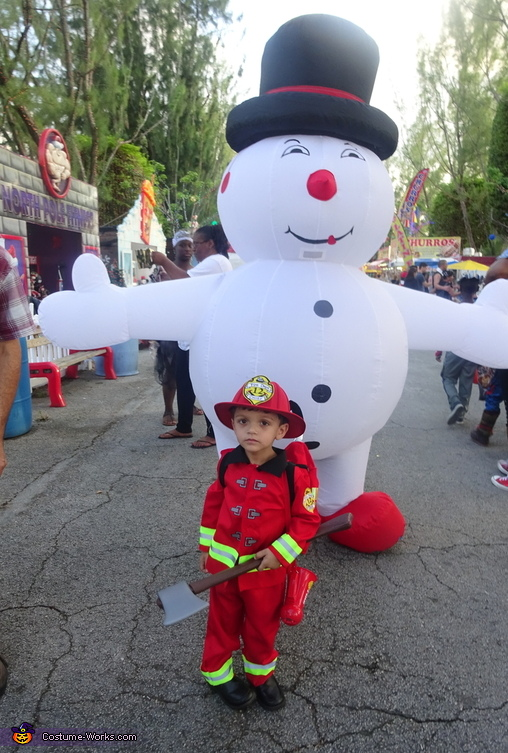 Hot fireman and frosty, Little Boy Fireman Costume