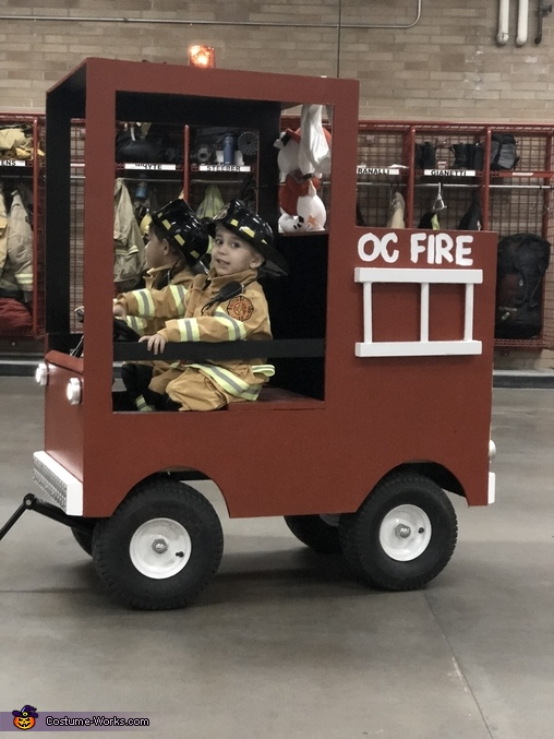 What job!, Little Fire Fighters Costume