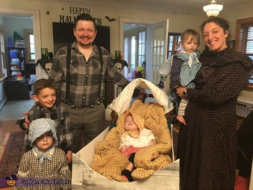 Little House on the Prairie Family Costume