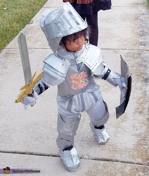 He is ready to slay dragons..., Little Knight in Shining Armor Costume