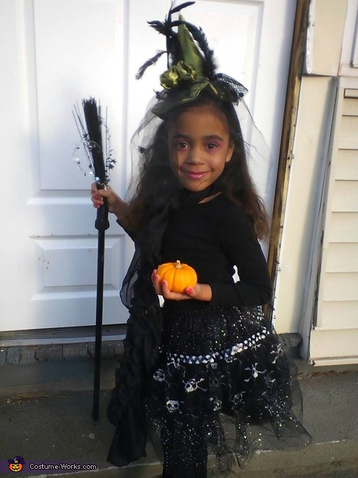 Little Miss Witchy Pooh Costume