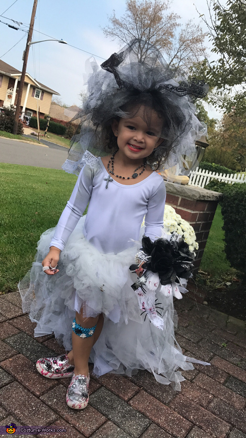 Little Miss Zombie Bride Costume