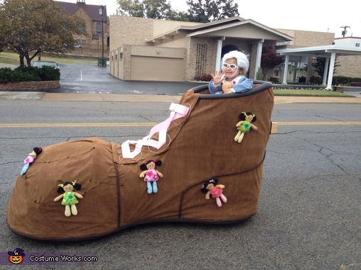 Little Old Lady in the Shoe Baby Costume