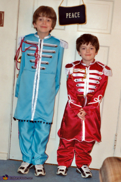 My Little Peppers (Steve and Matt as Paul and George), Little Peppers Costume