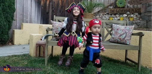 Aria & Ronan, Little Pirates Costume