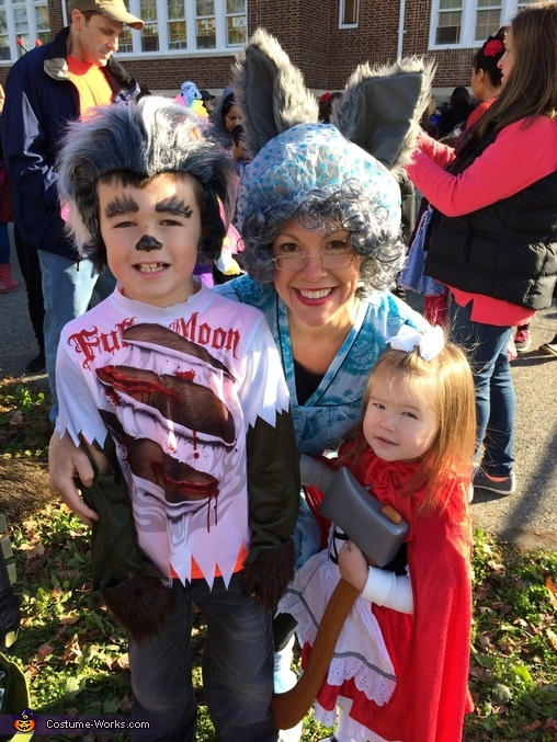 Little red, grandma and wolf, Little Red and Her Wolves Costume