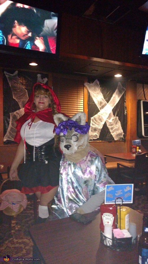 Couples Little Red Riding Hood and Big Bad Wolf Costume
