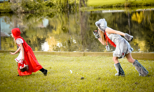 Run!!!!, Little Red Riding Hood and the Big Bad Wolf Costume
