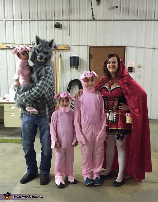 Little Red Riding Hood The Big Bad Wolf And Three Little Pigs