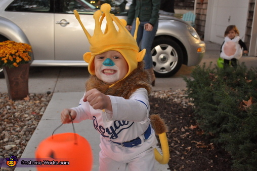 Sluggerrr action shot, Little Sluggerrr Costume
