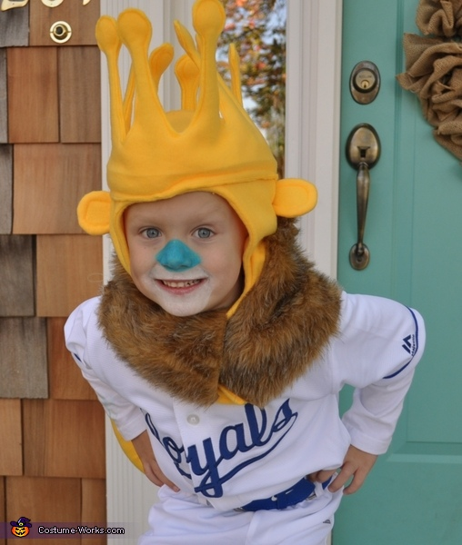 Do you see Sluggerrr?, Little Sluggerrr Costume