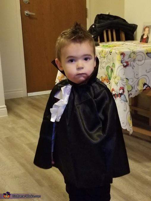I am a vampire!, Little Vampire Costume
