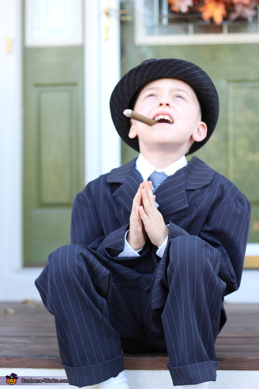 Lord, let the vault be full of cash!, Little Wise Guy Costume