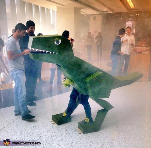 Lizasaurus Rex Costume