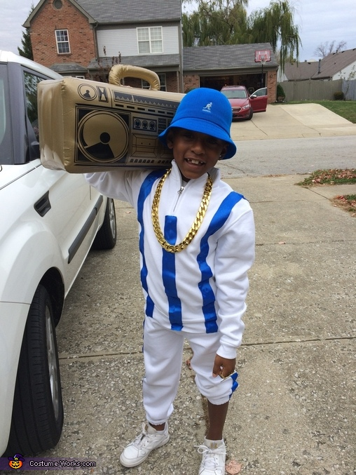 LL Cool J posing with his radio, LL Cool J Costume