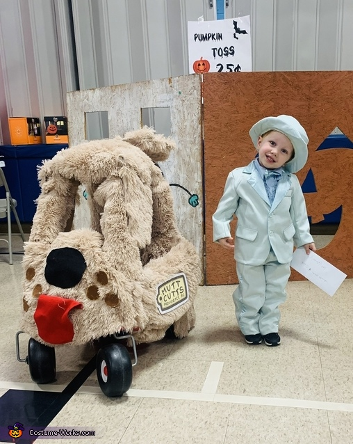 Lloyd and the Mutt Cutts Van Costume