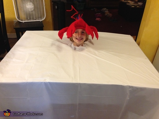 First steps, Lobster Dinner Costume