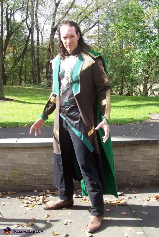 Loki without Helmet, Loki Costume